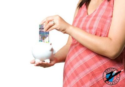 Получать декретные выплаты имеют право женщины, официально трудоустроенные